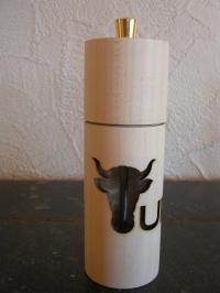 Elegante Pfeffermühle Uristier+URI